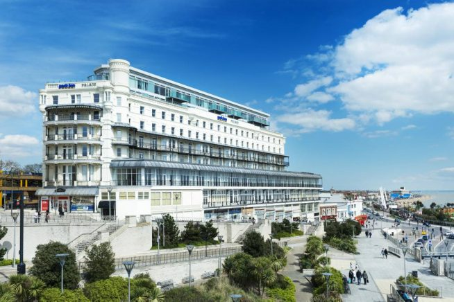Picture of Park Inn Palace hotel in Southend